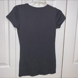 Gap gray v neck tshirt xs